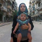 ALLA MIA PICCOLA SAMA (Waad al-Kateab, Edward Watts) La guerra siriana e il coraggio di una madre